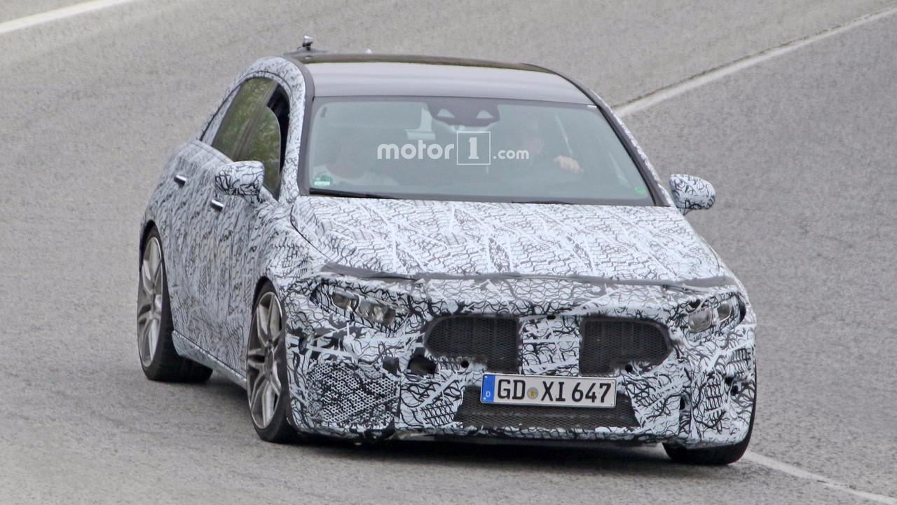 2019 Mercedes-AMG A45 casus fotoğrafları