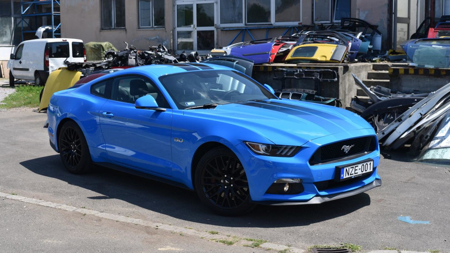 Ford Mustang GT Fastback M6 Teszt