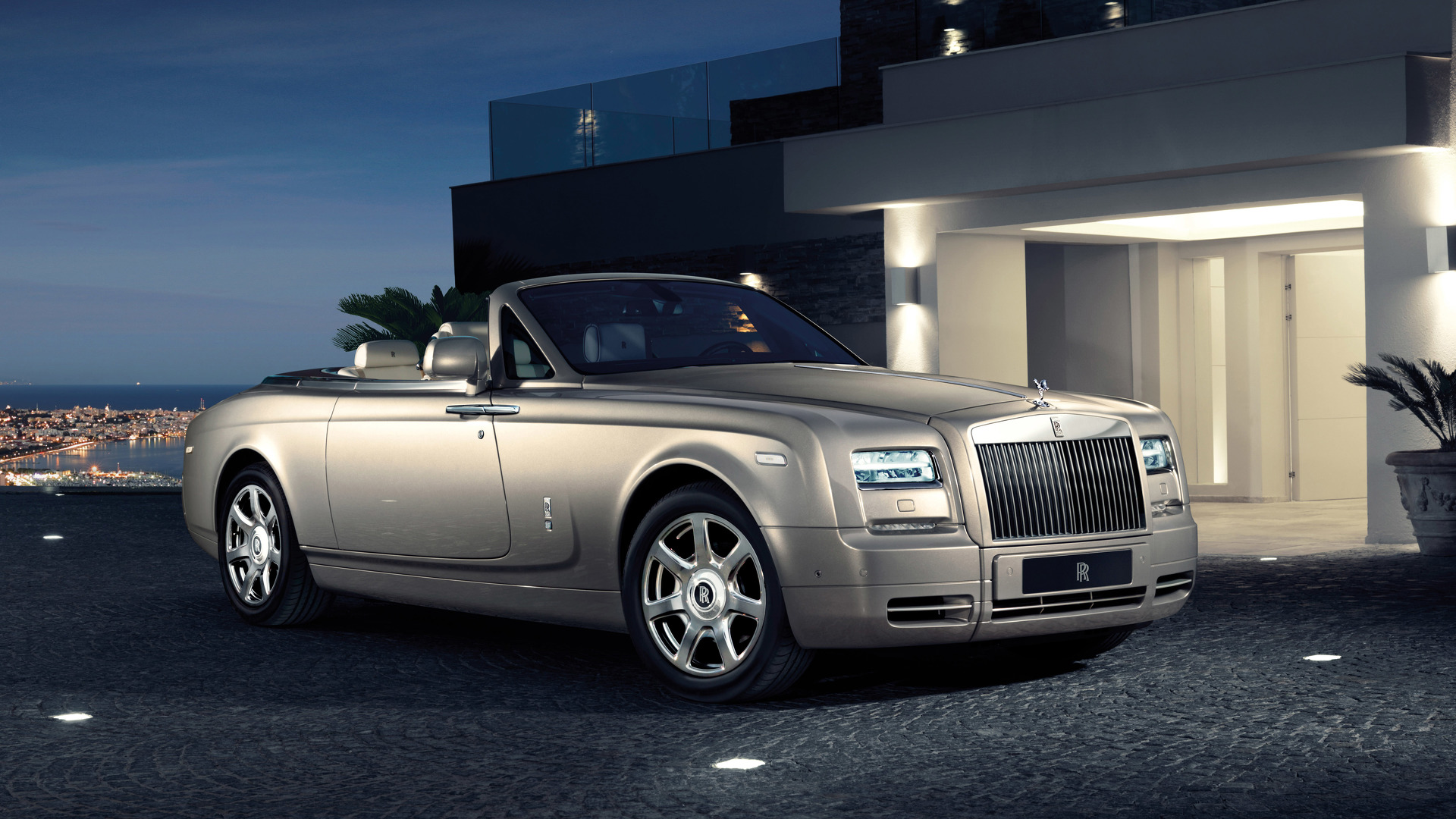 Rolls-Royce Phantom Drophead Coupe News And Reviews