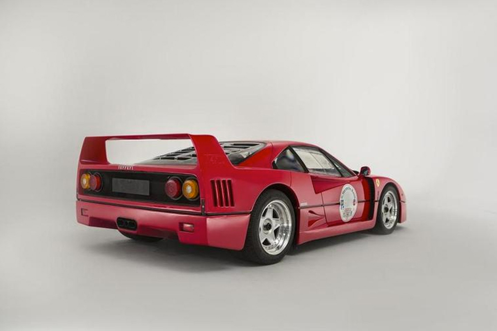 1991 Ferrari F40 Brings Over $1 Million at Goodwood Revival Auction