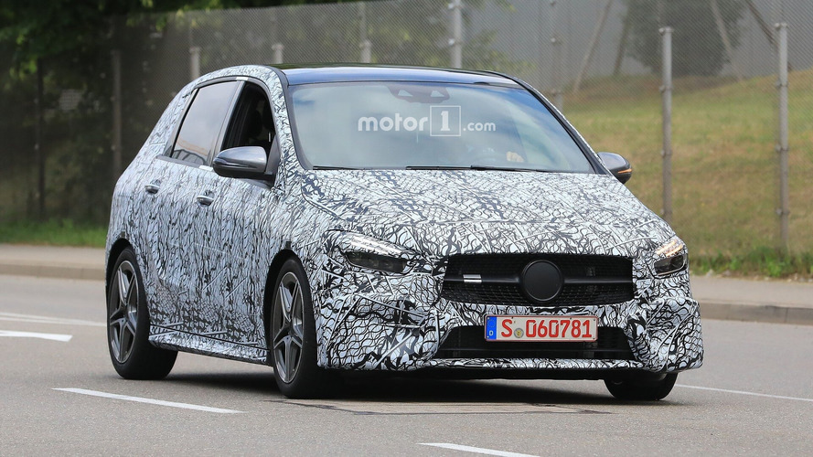 2019 Mercedes B-Class spotted with thinner camouflage