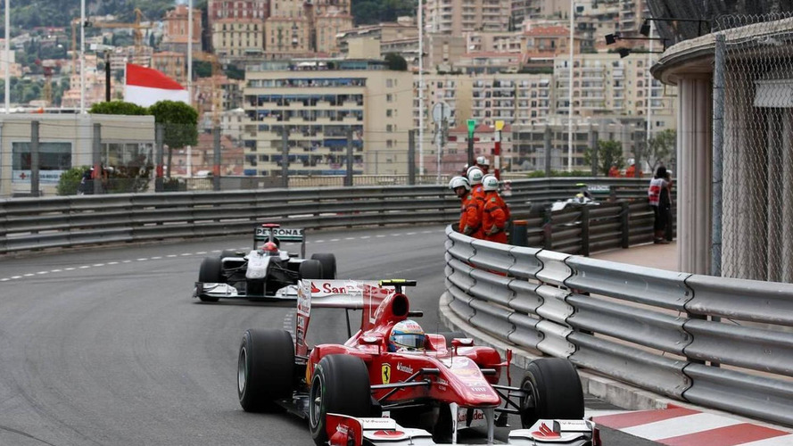 Mercedes teammates side with Schumacher over Alonso move