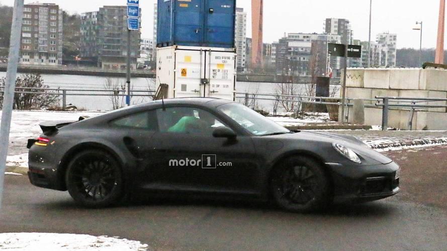 Porsche 911 Turbo new spy shots