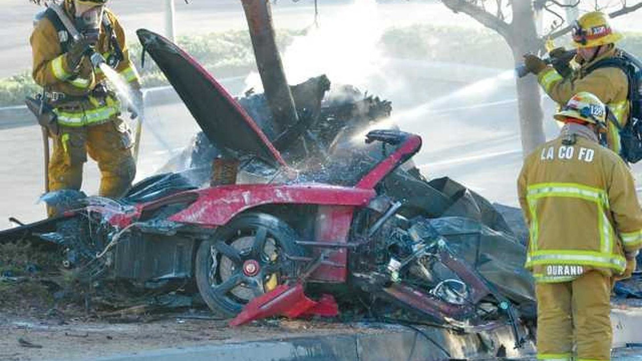 Paul Walker fatal accident in Porsche Carrera GT
