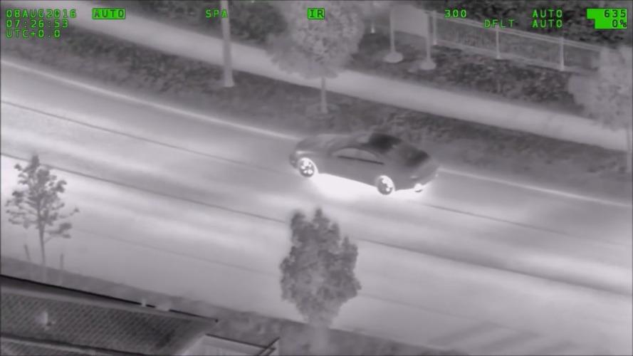 Polis helikopteri Pokemon GO oynayan sürücüyü takip etti