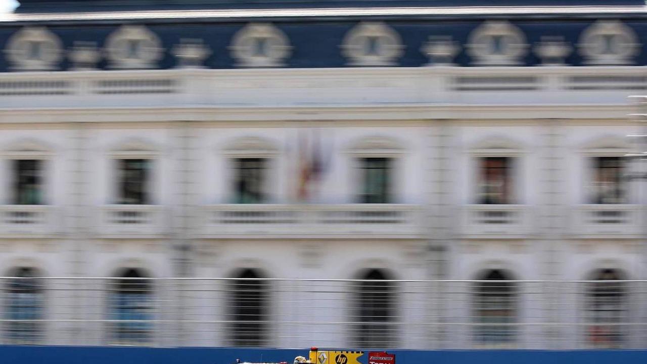 Robert Kubica (POL), Renault F1 Team, R30, European Grand Prix, 25.06.2010 Valencia, Spain