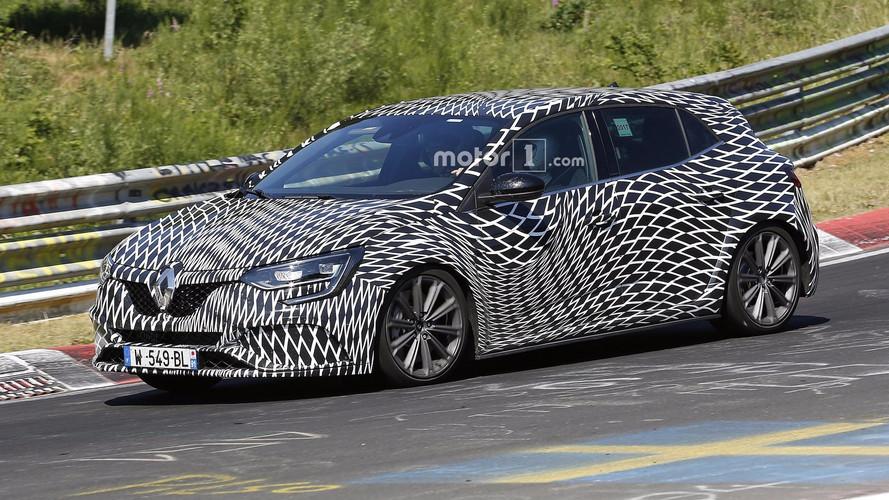 Yeni Renault Megane RS tüm açılardan görüntülendi