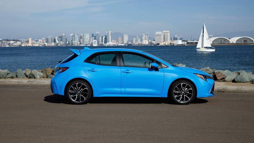 Toyota Corolla Hatch chega aos EUA pelo equivalente a R$ 72,8 mil