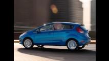 Recall: Fusion e New Fiesta têm risco de abertura das portas em movimento