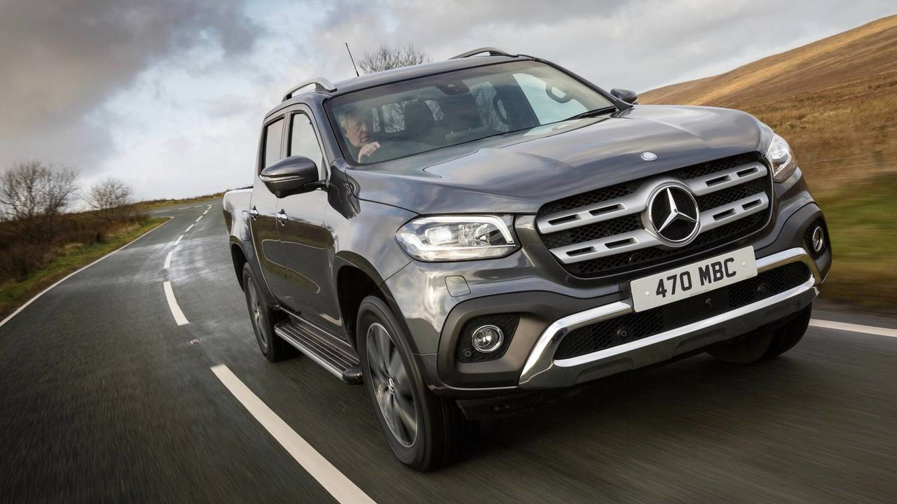 2018 mercedes benz x class x250 d first drive posh pickup. Black Bedroom Furniture Sets. Home Design Ideas