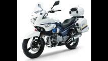 Suzuki lançará Inazuma carenada como GSR 250