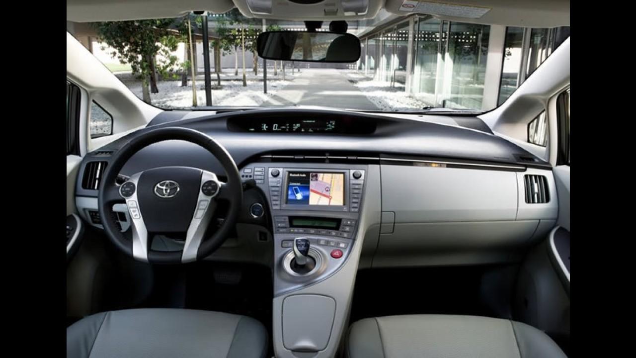 Toyota atrasa nova geração do Prius para corrigir design