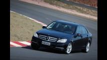 Mercedes-Benz bate recorde histórico ao vender 10 mil unidades no Brasil em 2011