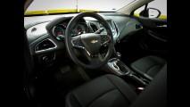 Teste CARPLACE: Novo Civic 2.0 já chama o Cruze 1.4 turbo para o duelo do ano