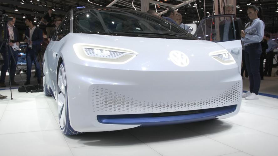 Video: Volkswagen ID elektrikli konsept aracı Paris Otomobil Fuarı'nda