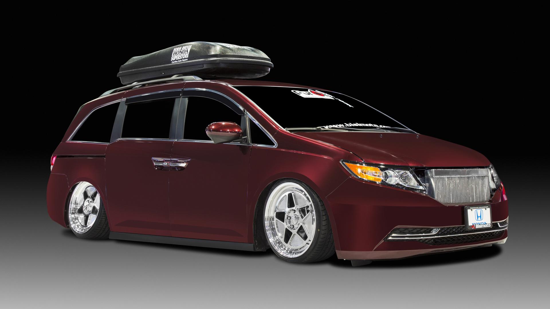 1 029 horsepower Honda Odyssey up for auction
