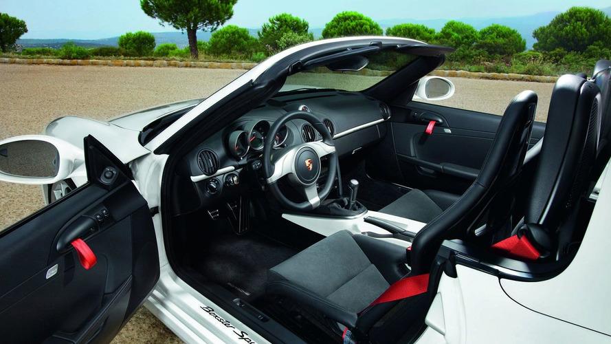 Porsche Boxster Spyder Revealed - World Premiere in Los Angeles