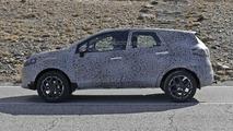 Renault Grand Captur spy photo