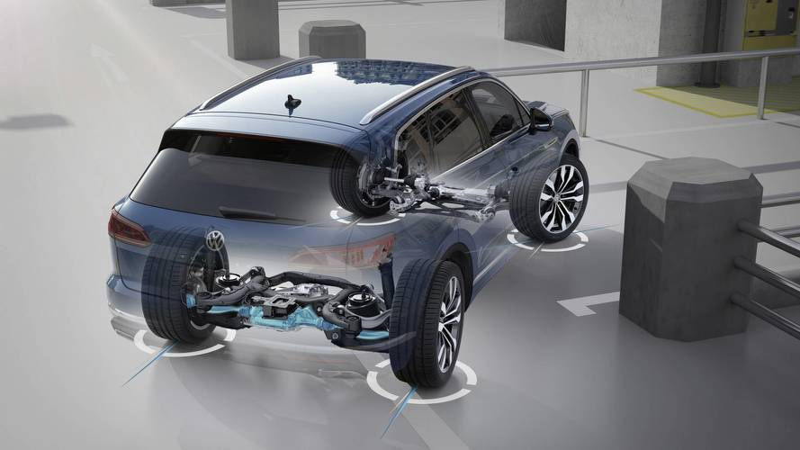 VW Talks About The 2019 Touareg's All-Wheel Steering System