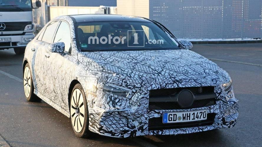 Mercedes-AMG A35 Sedan objektiflere takıldı