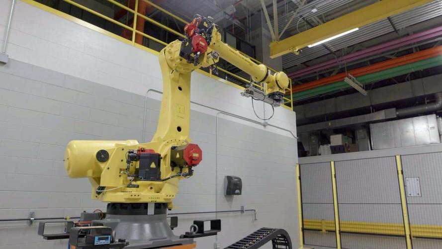 Nissan's Mrs. Doorboto Robotic Door Operator