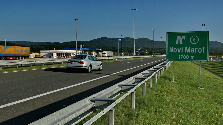 Tíz százalékkal drágulnak mától a horvát autópályadíjak