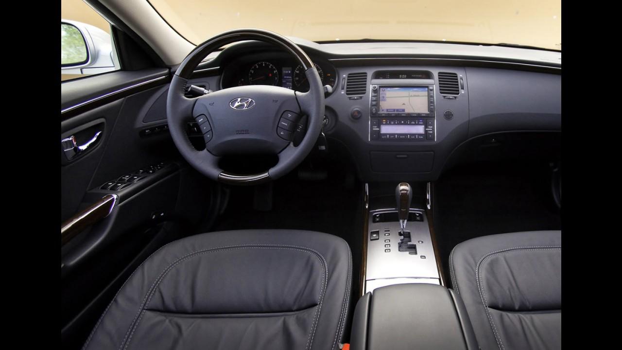 Hyundai Azera 2011 - Com retoque no visual e motor sai por R$ 90 mil