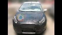 Flagra: Ford Fiesta 2013 com motor 1.0 Ecoboost Turbo e câmbio Powershift na China