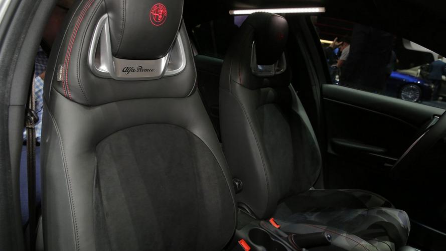 Makyajlı Alfa Romeo Giulietta Cenevre'de