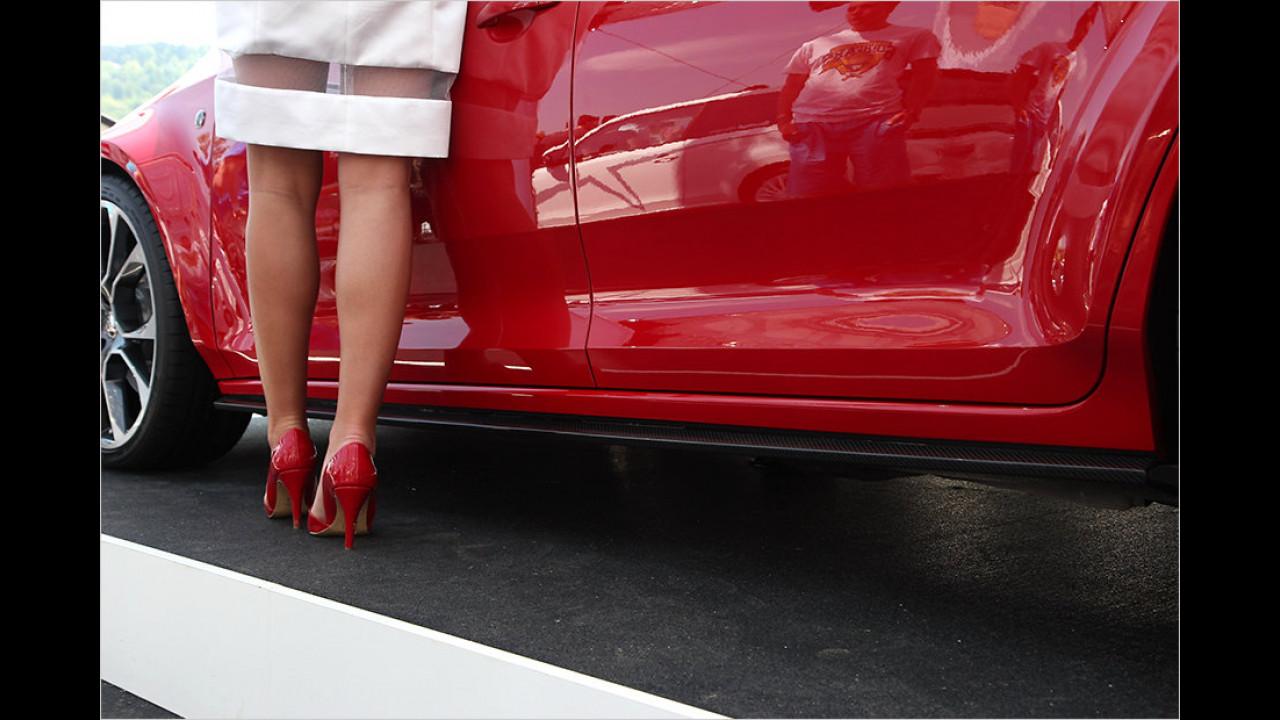 Autos werden tiefer, Ladies werden höher gelegt