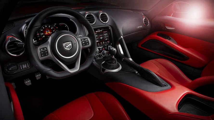 SRT gives an in-depth look at the Viper's design and development [videos]