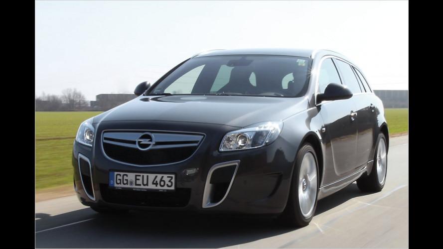 Autobahn-Raser: Opel Insignia Sports Tourer OPC