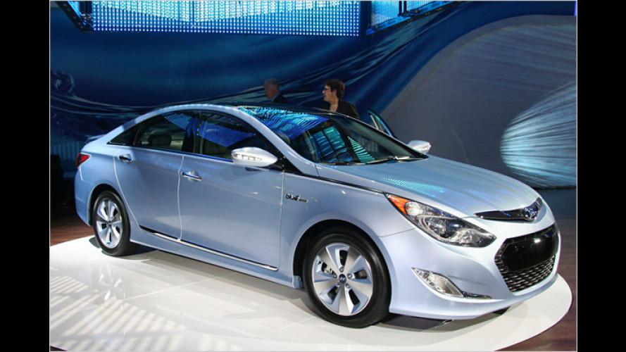 Hyundai zeigt in New York den Sonata Hybrid