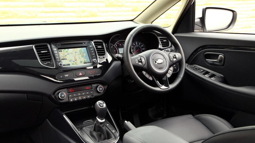 Kia Carens gains new range-topping 3 Sat Nav version in UK