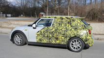 2015 MINI Cooper five-door spy photo