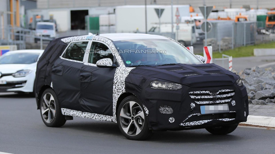 Next-gen Hyundai ix35 / Tucson spied once again