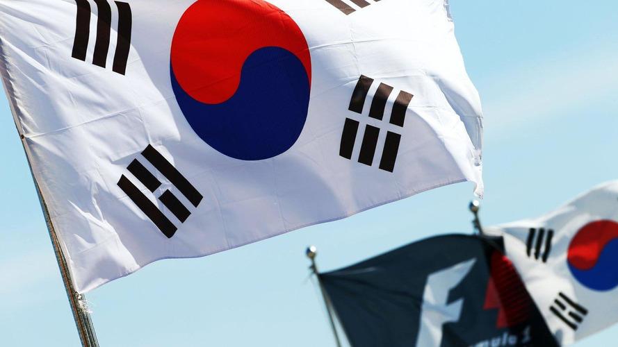 Typhoon threat eases in Korea