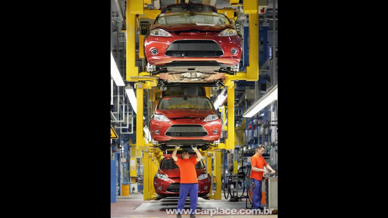 Novo Ford Fiesta: Primeira unidade sai da linha de montagem na Alemanha