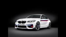 BMW M2 Coupé M Performance, speciale dentro e fuori