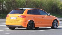 Audi RS3 prototype mule spy photo, Nurburg, Germany 28.04.2010