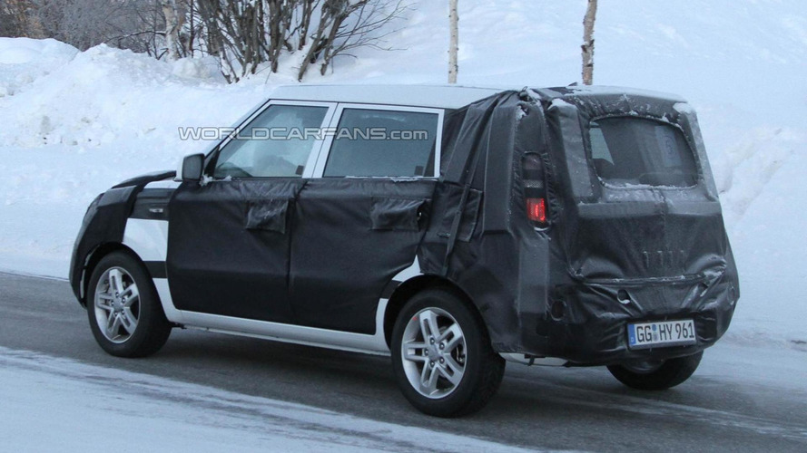 2012 Kia Soul facelift spied