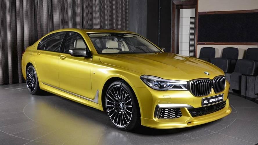 Muhteşem sarı renge sahip BMW M760Li ilginizi hak ediyor