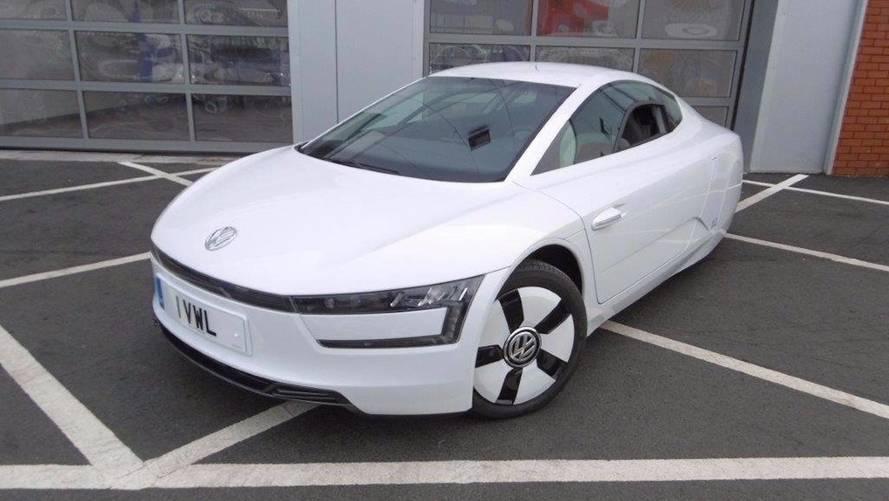 Un Volkswagen XL1, del año 2015, a la venta por 112.000 euros