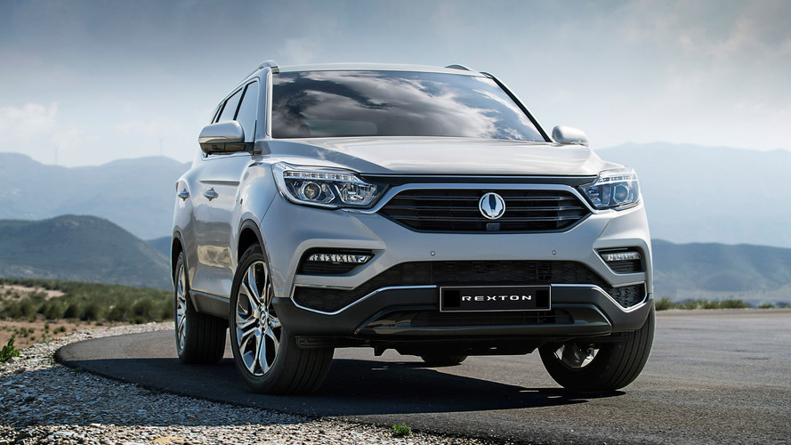 Official images revealed of 2018 Ssangyong Rexton