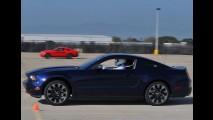 Ford Mustang V6 2011 - Confira nova galeria de fotos em alta resolução