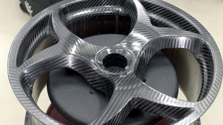 Koenigsegg's new carbon fiber wheel design detailed