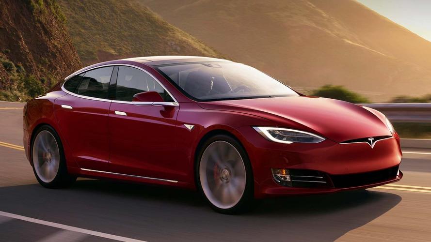 Tesla lidera e Fiat leva a pior em ranking de satisfação