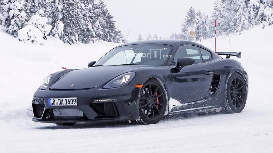 New Porsche 718 Cayman GT4 caught testing