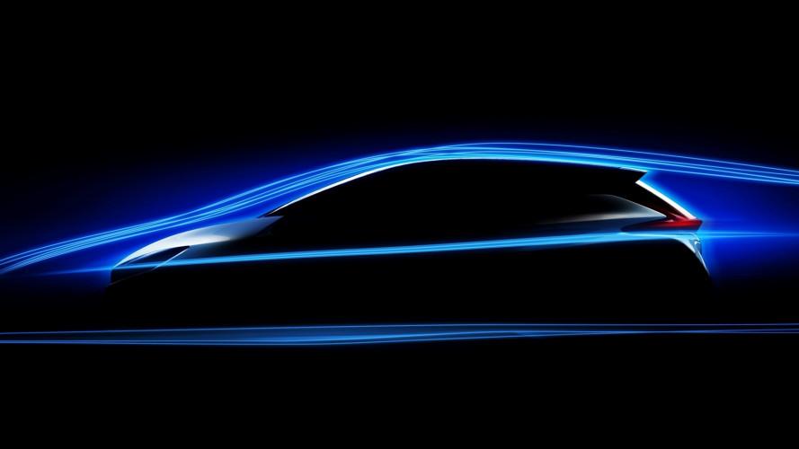Nissan Leaf, dimensioni invariate ma più potenza