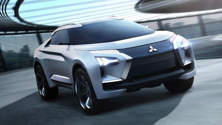 Salone di Tokyo, la Mitsubishi e-Evolution ci insegna a guidare